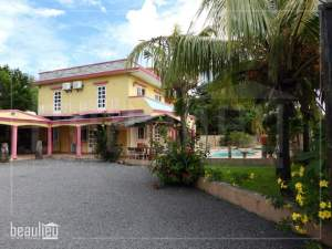 Villa built on 20 perches land is for sale in Calodyne. - Villas on Aster Vender