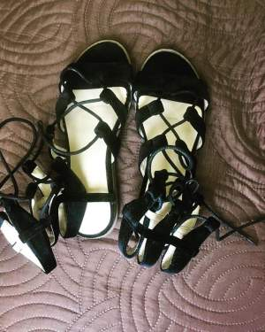Black sandals with laces  - Sandals on Aster Vender