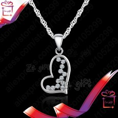 Female : 925 Sterling Silver Heart Necklace  - Necklaces on Aster Vender