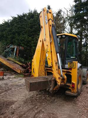 JCB 3CX - Excavator & Loader on Aster Vender