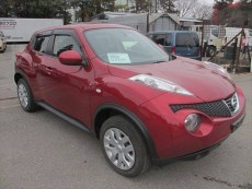 NISSAN JUKE 2014 1490CC 25,000KM RED METALLIC - SUV Cars on Aster Vender