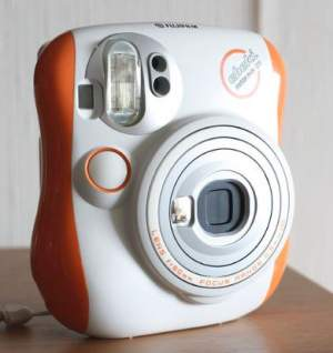 Fujifilm Instax MINI 25 Instant Film Camera - Others on Aster Vender