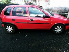 A vend opel Corsa yr00 injection - Compact cars on Aster Vender