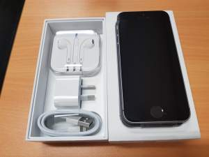iPhone SE 32GB - iPhones on Aster Vender