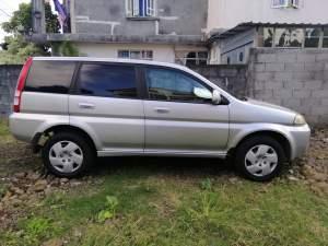 Honda Hrv 2003 - SUV Cars on Aster Vender