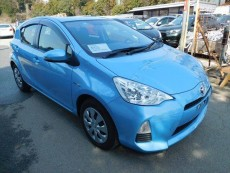 TOYOTA AQUA (PRIUS C) 2014 1490CC 46,000KM LIGHT BLUE - Family Cars on Aster Vender