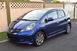 Honda Fit RS - Compact cars on Aster Vender
