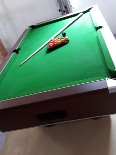 Aristocrat Pool Table - Billiards on Aster Vender