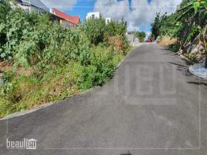 Residential land of 7 perches is for sale in Grand Gaube  - Land on Aster Vender