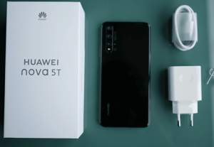 Huawei NOVA 5T  - Huawei Phones on Aster Vender