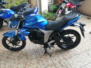 Suzuki Gixer 150cc - Sports Bike on Aster Vender
