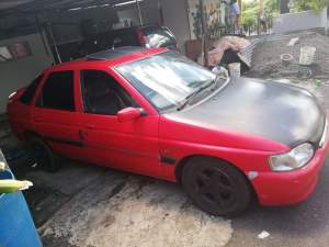 FORD ESCORT - Family Cars on Aster Vender