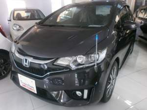 HONDA FIT HYBRID S PACKAGE  - Family Cars on Aster Vender