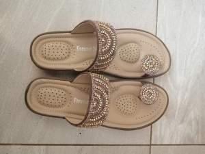 New comfort slipper - Sandals on Aster Vender