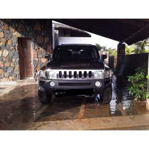 Vente d'un magnifique Hummer Noir Matte - Luxury Cars on Aster Vender