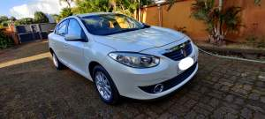 Renault Fluence 2011 - Family Cars on Aster Vender