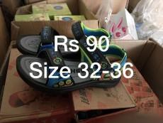 A vendre savatte en gros par boite - Rs 90 piece. Ideal pour Marchand ambulant et magazin