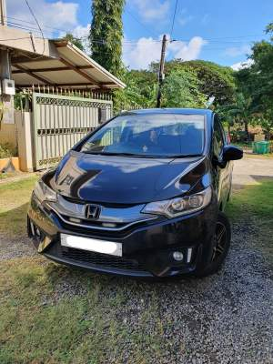 Honda Fit (Manual Transmission) 2014 - Compact cars on Aster Vender
