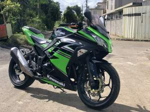 kawasaki ninja 300 - Sports Bike on Aster Vender