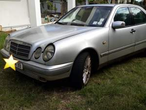 Mercedes benz E200 - Family Cars on Aster Vender