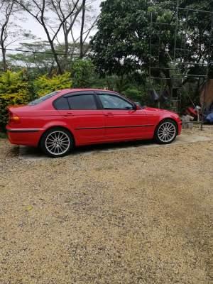 BMW 318 - Sport Cars on Aster Vender