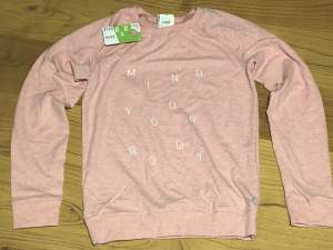 Pink sweater  - Sweater (Girls) on Aster Vender