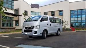 NISSAN URVAN - Passenger Van on Aster Vender