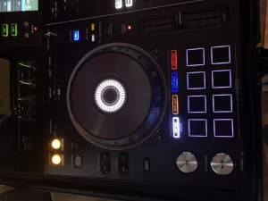Pioneer DJ Mixer RX2 All-in-One - Other Musical Equipment on Aster Vender
