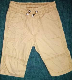 Short Garcon 5/6 ans - Pants (Boys) on Aster Vender