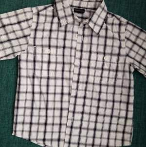 chemise à carreaux 5/6 ans - Shirts (Boys) on Aster Vender