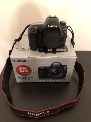 Canon EOS 5D Mark IV Digital SLR Camera - All electronics products on Aster Vender