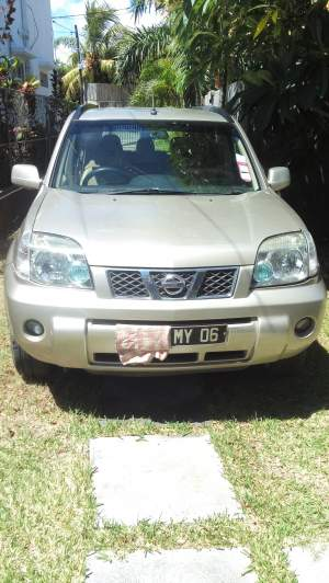 Nissan X Trail - SUV Cars on Aster Vender