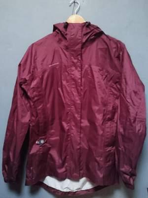 QUECHUA - RAINPROOF JACKET - SIZE L - Jackets & Coats (Men) on Aster Vender