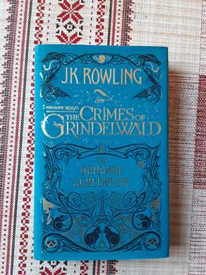 JK ROWLING : Fantastic Beasts: The Crimes Of Grindelwald - Fictional books on Aster Vender