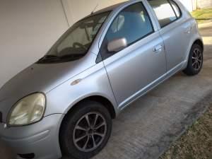 Toyota Vitz 2002 car sale - Family Cars on Aster Vender