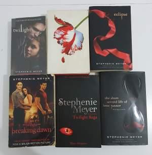 Twilight - Fictional books on Aster Vender