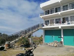 Building for sale or rent Goodlands - Commercial Space on Aster Vender