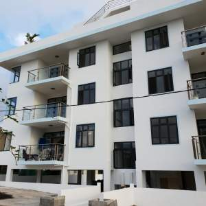 FOR SALE APARTMENT IN FLIC EN FLAC  - Apartments on Aster Vender