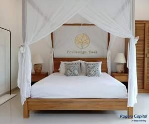 Teak Minimalist Canopy Bed - Bedroom Furnitures on Aster Vender