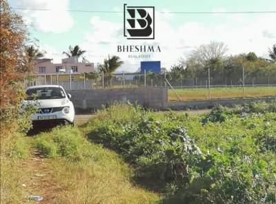 9.24 p residential land in Lesperance Trebuchet @ Rs 950,000 - Land on Aster Vender