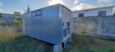 A vendre body (caisson) aluminium  - Cargo Van (Delivery Van) on Aster Vender