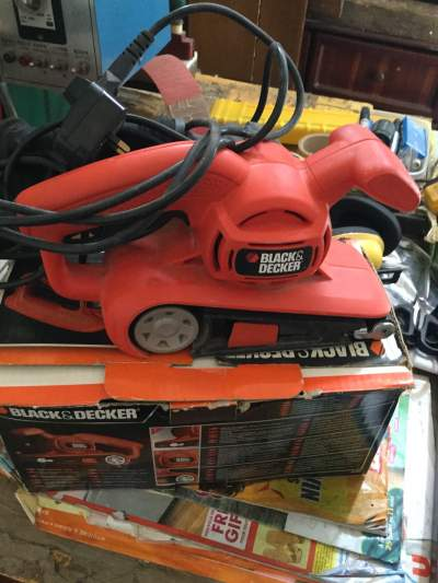 Black@Decker belt sander 75mm - All Hand Power Tools on Aster Vender