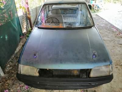 A Vendre carosserie peugeot 205 sans moteur Rs12.000 a deb 57377193 - Compact cars on Aster Vender