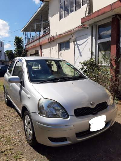 Toyota-Vitz-2005 - Family Cars on Aster Vender