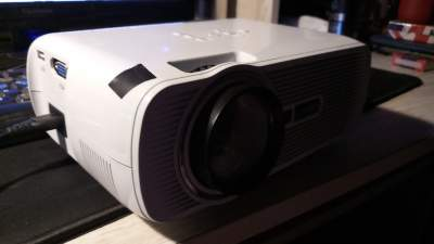 Projector unapp LED HD - All electronics products on Aster Vender