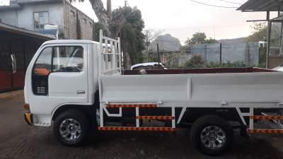 A vendre nissan atlas - Small trucks (Camionette) on Aster Vender