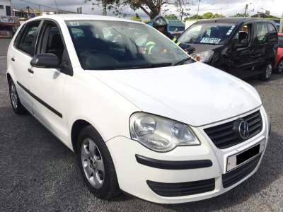 Volkswagen pollo Year 09 - Compact cars on Aster Vender