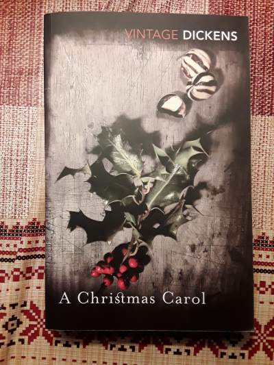 Charles Dickens : A Christmas Carol  - Fictional books on Aster Vender
