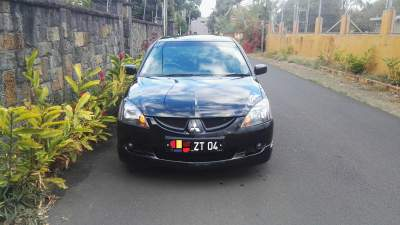Mitsubishi Car for sale yr 2004 - Family Cars on Aster Vender