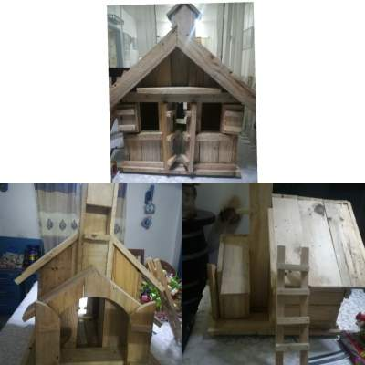 ANTIQUE WOODEN HOUSE FOR CHRISTMAS  - Antiquities on Aster Vender